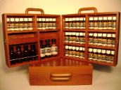 POLISHED WOOD PORTABLE CABINET WITH HANDLE AND PERSPEX PROTECTORS - EMPTY (Holds 48 x 10ml Bottles, 4 x 50ml Bottles, 3 x 100ml Bottles, Spare Droppers & Caps)