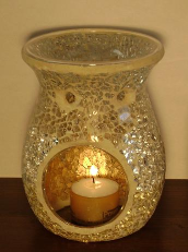SPARKLING GLASS MOSAIC DIFFUSER - Comes with 2 candles